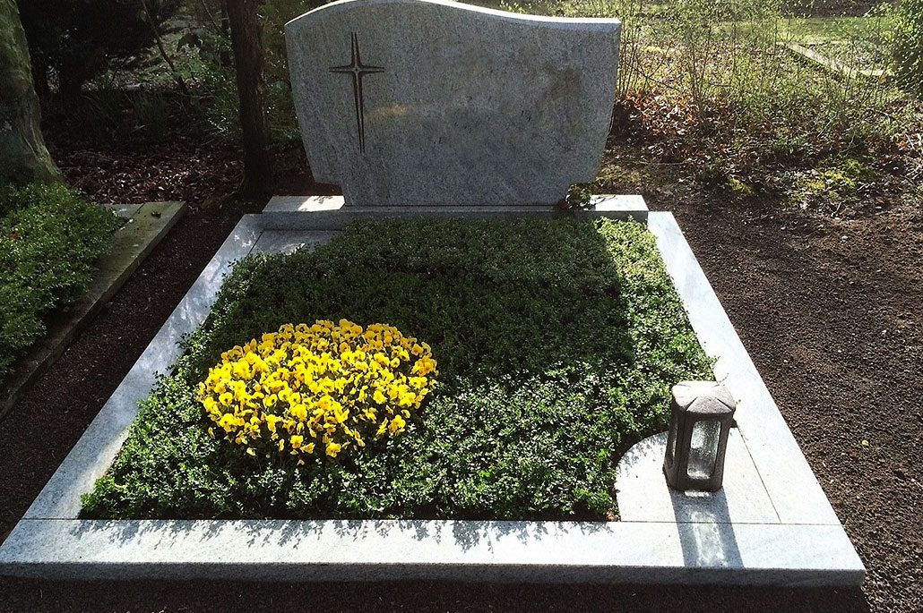 Berühmt Beispiele von Grabgestaltung | Schmitz Friedhofsspezialist &LI_35